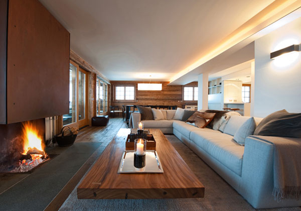 Case in montagna living corriere for Arredamento case moderne foto