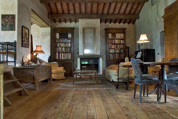 Romanzo femminile foto 1 livingcorriere for Immagini librerie d arredamento