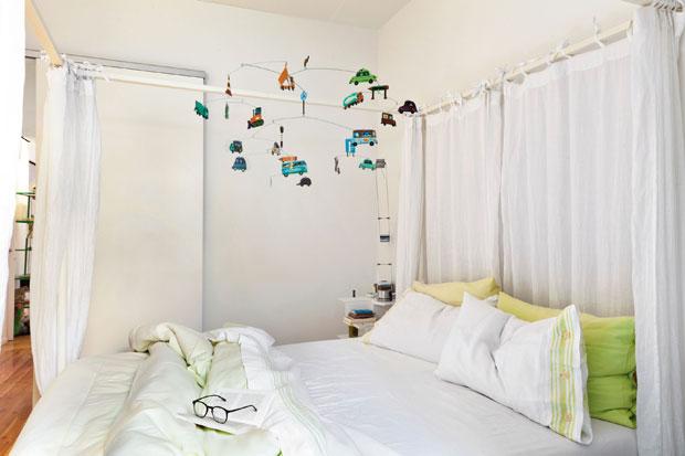Ikea Letto A Baldacchino Edland.Interno Milanese Foto 1 Livingcorriere