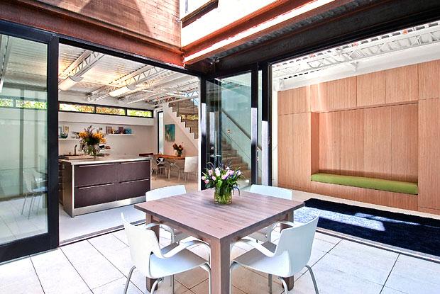 Il giardino di casa foto 1 livingcorriere - Giardino interno casa ...