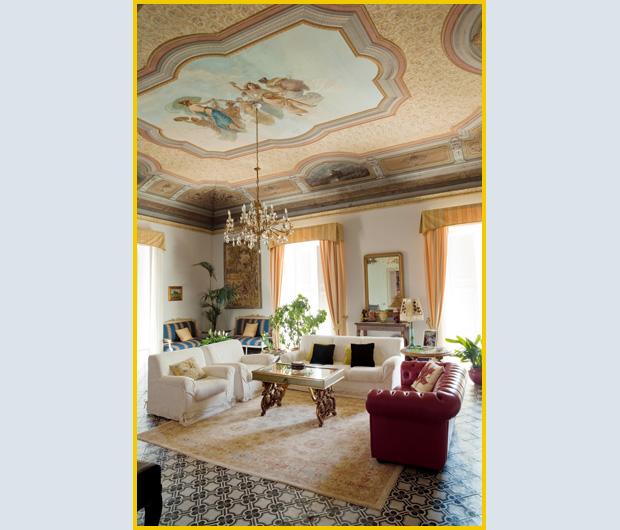Vivere a palazzo foto 1 livingcorriere for Case antiche arredamento