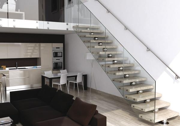 Su e giù per le scale - Foto 1 LivingCorriere