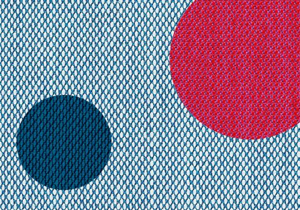 Divani poltrone e tessuti foto 1 livingcorriere for Kvadrat tessuti arredamento