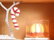 """CHRISTMAS BOX DONNAUna produzione tra le più varie del mondo del design è sicuramente quella delle lampade. Potrete giocare a trovare quella che più somiglia ai vostri amici. Per una """"lei"""" moderna ma dal gusto bon-ton, la Teca di Flos potrebbe essere perfetta"""