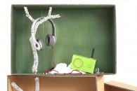 CHRISMAS BOX TEENPer i patiti della musica, la radio in gomma di Lexon e le cuffie Beats by Dr.Dre. Per chi esagera con i decibel. Il tutto proposto in una vastissima gamma di colori