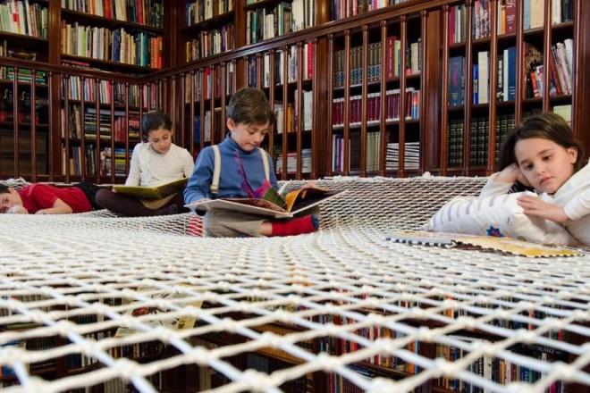 Trasformare la libreria di famiglia in un luogo divertente per i più piccoli. E' il progetto Reading Net dello studio spagnolo PlayOffice