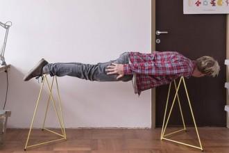 Diamond è il progetto di Michal Malásek per il brand Master&Master, si tratta di un tavolo leggero e impilabile con una serie di cavalletti colorati e intercambiabili. Un prodotto semplice e funzionale in vendita online