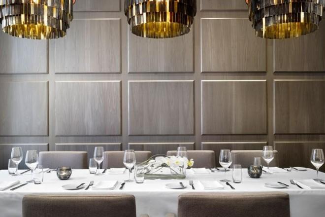 Arte e design per il nuovo cinque stelle, progettato nel segno del comfort e dell'eleganzaNell'immagine, un tavolo del George Restaurant