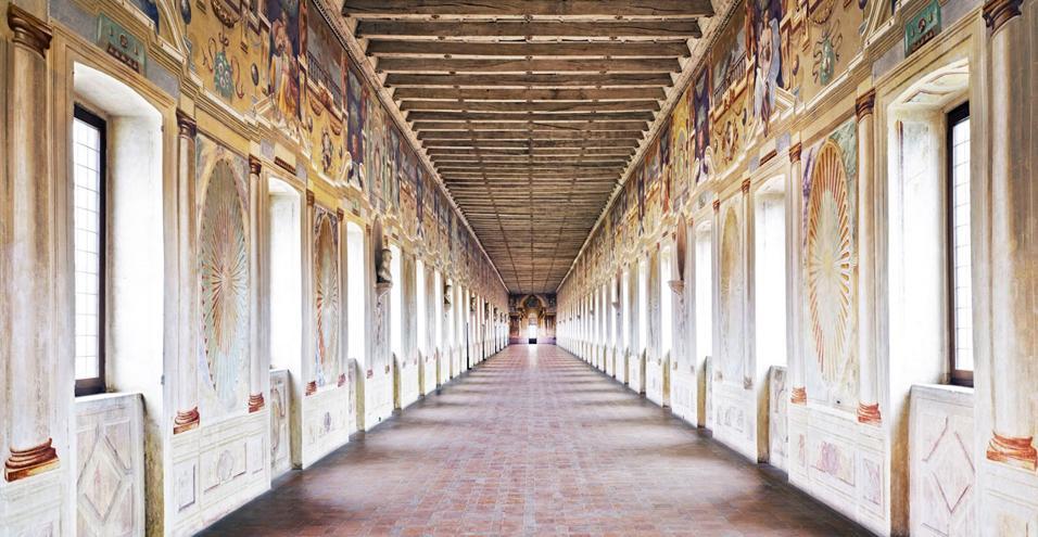 Dal 15 marzo a Palazzo Te la città dei Gonzaga vista dalla fotografa tedesca