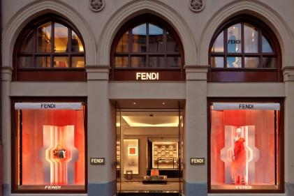 All'interno di un palazzo del XIX Secolo, la nuova boutique del marchio romanoL'ingresso