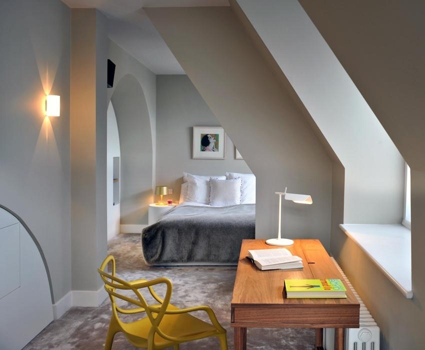 Classiche o moderne. Lampade da parete per illuminare un passaggio, una nicchia, un esterno, un piccolo spazio. Il meglio delle applique nei diversi stili