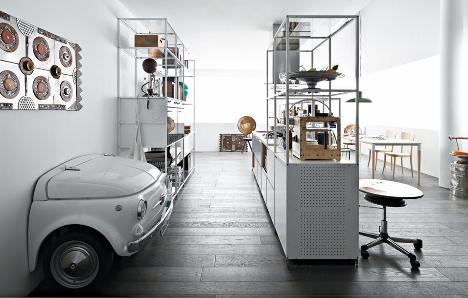 Ecologia in primo piano: Gabriele Centazzo, da anni all'avanguardia nel settore delle cucine eco, propone idee per un abitare giovane e disinvoltoDemocratic modern design