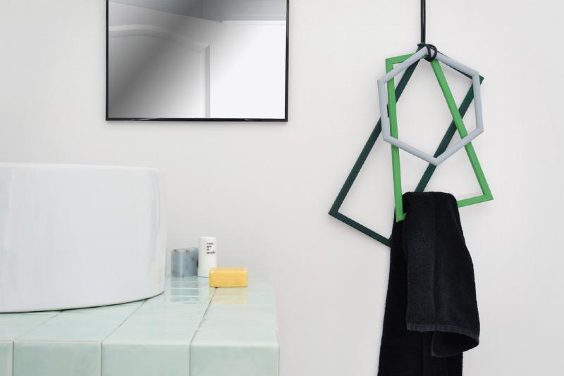 Come inventare portasalviette fai da te foto 1 for Portasalviette di carta da bagno