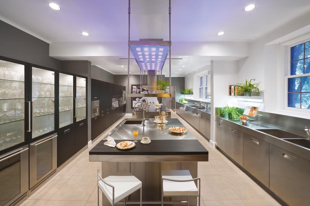 Nuove cucine tra tradizione e hi tech - Cucine high tech ...