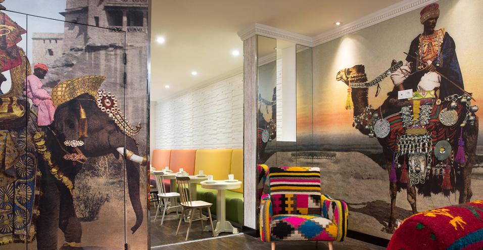 Aperto a fine 2013, l'Hotel du Continent è il quarto indirizzo parigino completamente decorato da Christian Lacroix