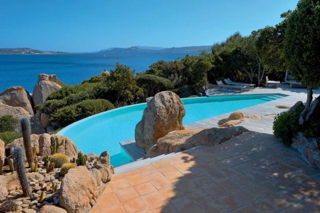 Piscine in costa smeralda livingcorriere - Immagini di piscine ...