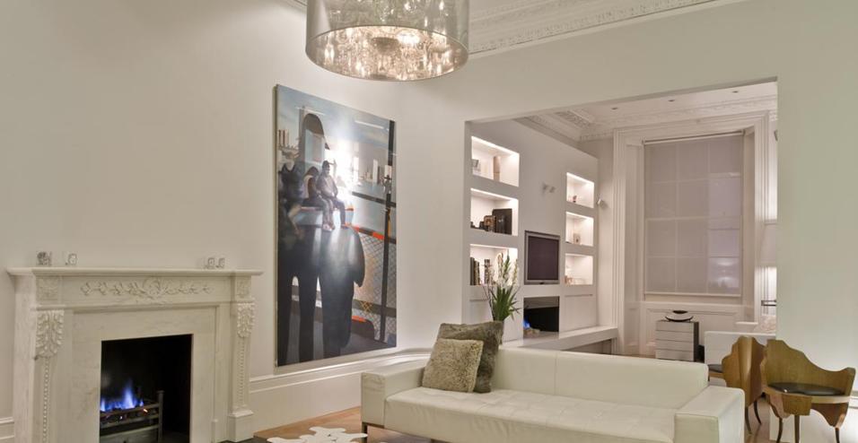 Cromoterapia, architettura classica e arredi di design. Per una residenza a Bayswater dallo stile rigoroso e sorprendente