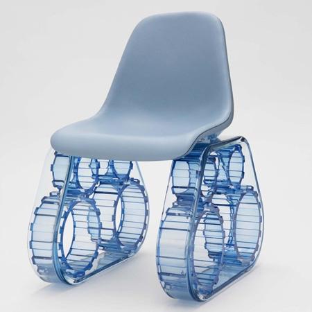 La Tank Chair disegnata da Pharrell Williams