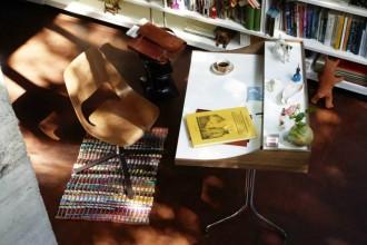 Tra scrivania e tavolo da lavoro, 20  idee per un efficace angolo home officeVitra