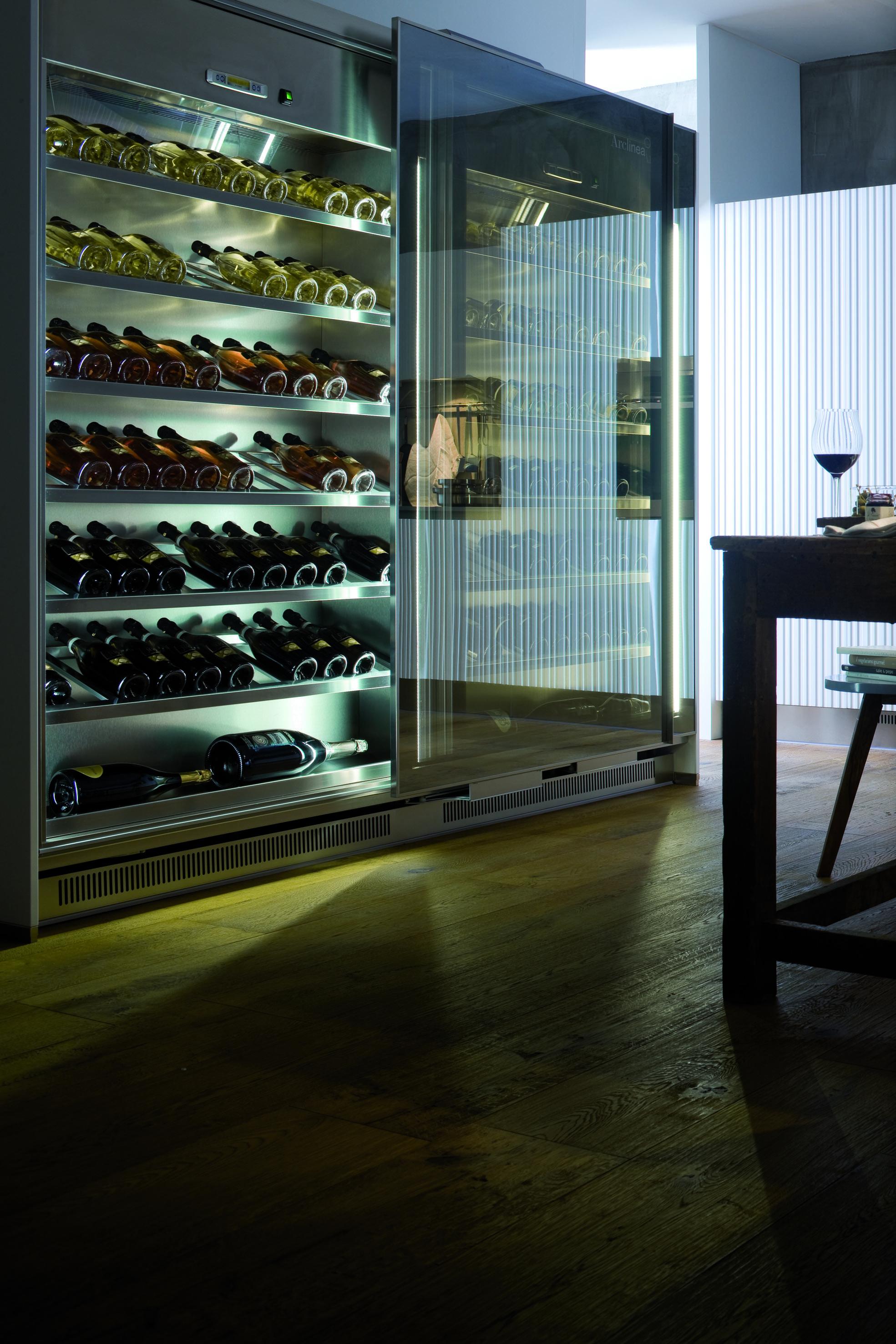 Arredare cantina beautiful arredare una taverna elegante cantina ristorante a bellissimo arredo - Mobili per cantine ...