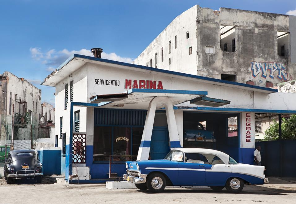 La capitale cubana raccontata dall'esperto di design caraibico Michael Connors e dalle fotografie di Nestor Martì. In un libro, di Rizzoli International