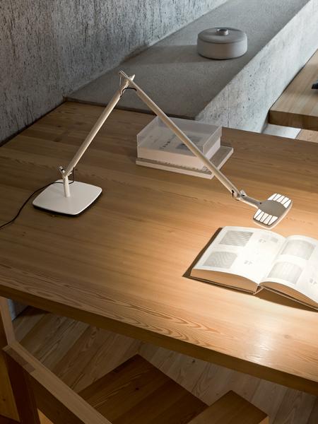 Vendita straordinaria di lampade luceplan for Luceplan catalogo