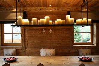 Utili per arricchire d'atmosfera la tavola e la casa invernali e in particolare quelle delle festeLampade di Kevin Reilly