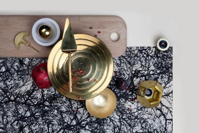 L'arte della tavola. E dintorniTra bicchieri, posate, utensili e accessori, 40 idee per corredare la zona pranzo. Tutt'altro che coordinata, la tavola nuova maniera mixa basico e prezioso, materiali tradizionali e sintetici, design e (nuovo) classicoLa tavola secondo Tom Dixon
