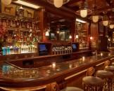 Dopo Chicago e Parigi, lo stilista apre un ristorante anche a New York. Si chiama Polo Bar, è il primo nella Grande Mela