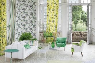 Aspettando la primavera, una selezione di proposte tessili up to date. Tessuti freschi e colorati, ma anche bianchi e luminosi.DESIGNERS GUILD