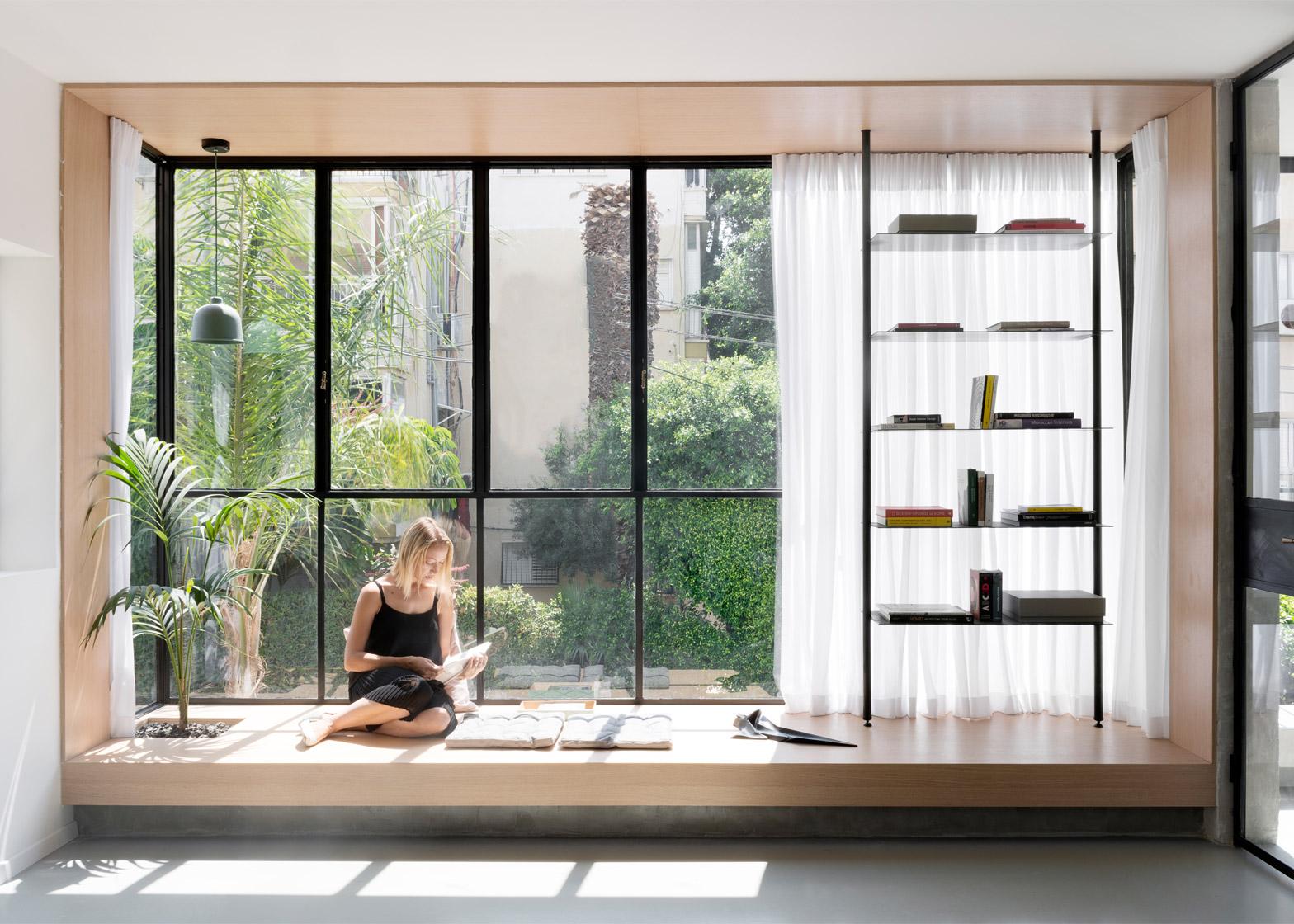 35 idee per l 39 angolo lettura livingcorriere - Davanzale interno finestra ...