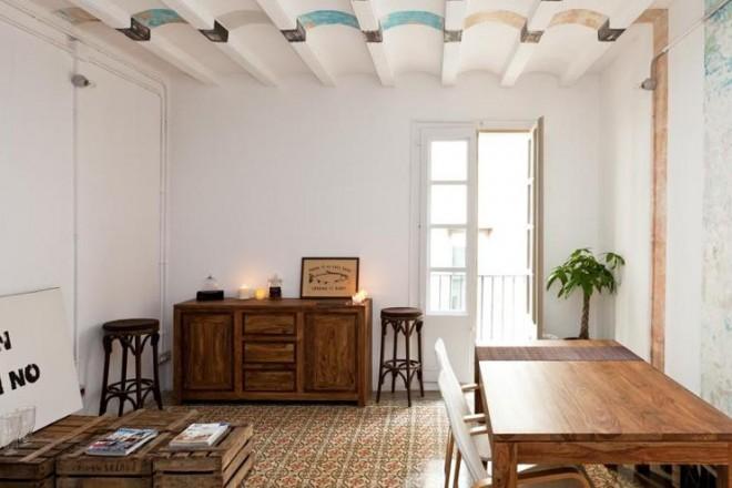 Decorare le pareti recuperando 9 flats low cost for Appartamenti amsterdam centro low cost