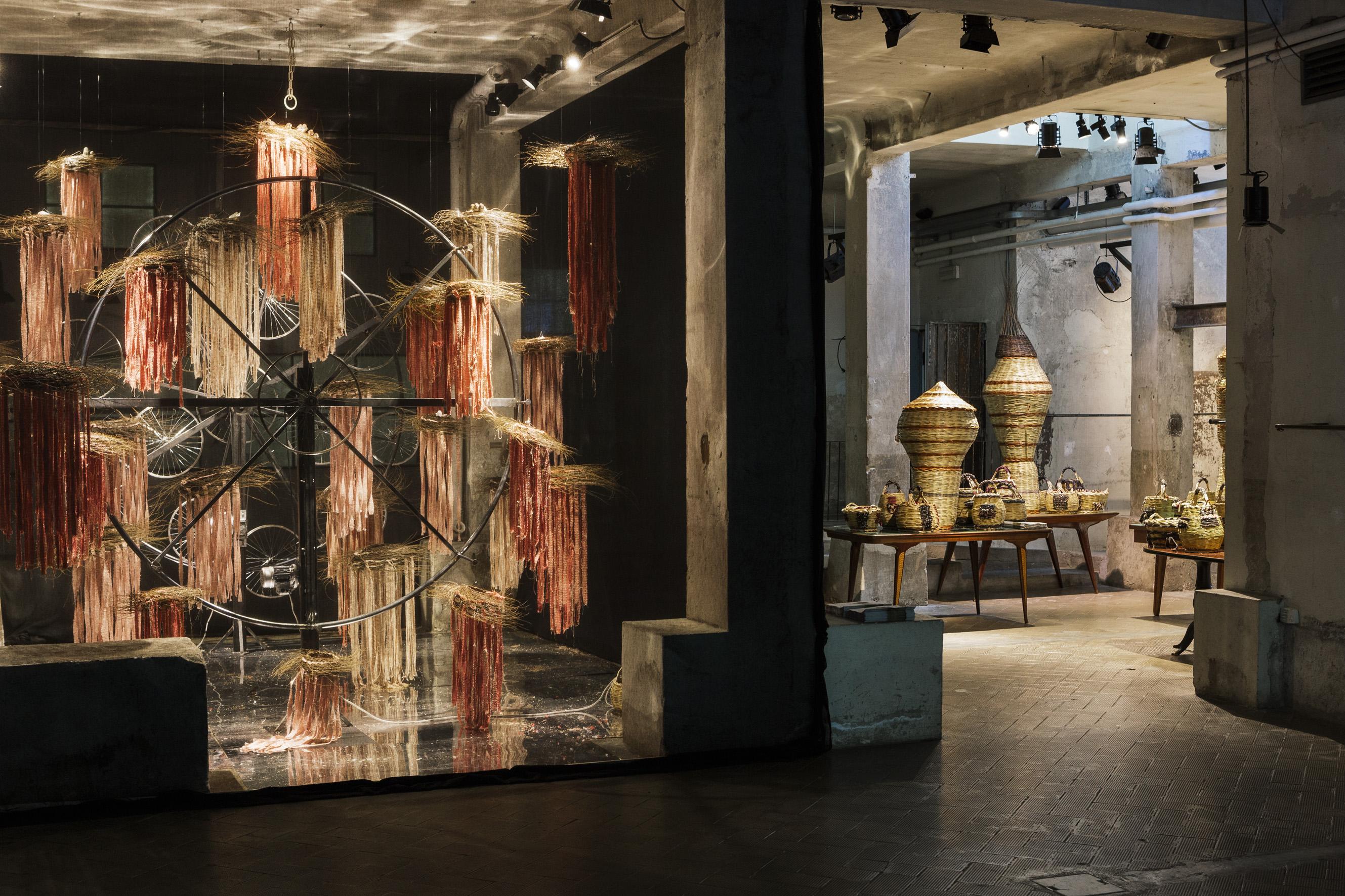 L installazione di marras per il fuorisalone 2015 for Salone mobile parigi