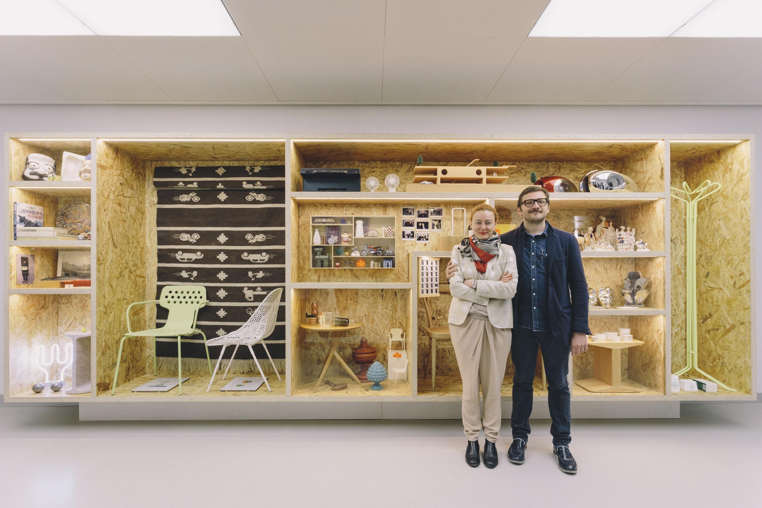 La mostra su james irvine al museo del novecento di milano for Mostra del mobile milano