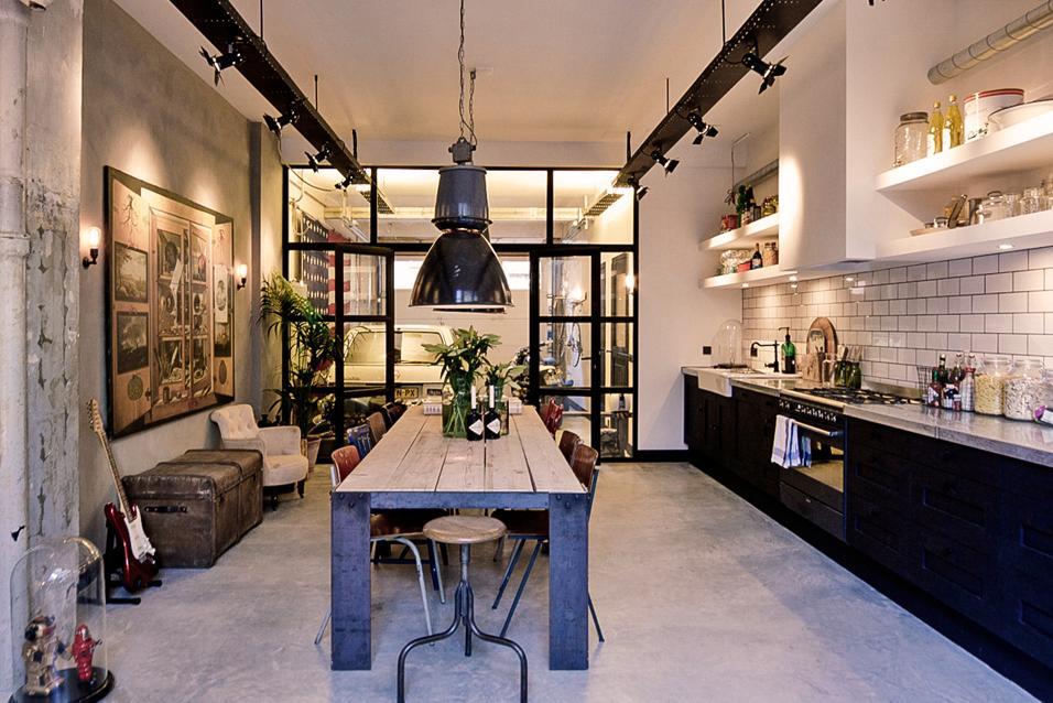 Loft in stile industriale ad amsterdam for Arredamento garage ikea