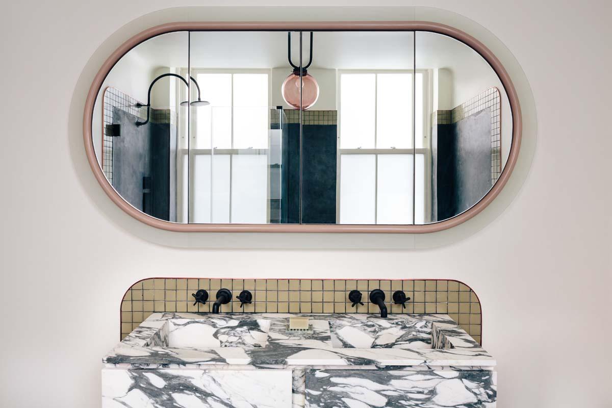 Specchio In Bagno Idee Per Fare La Differenza Living Corriere