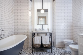 specchio in bagno