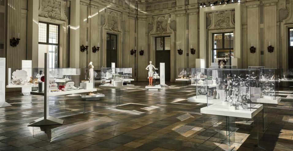 In corso fino al 18 ottobre a Palazzo Madama, la mostra Time Table racconta l'arte del ricevere attraverso i secoli
