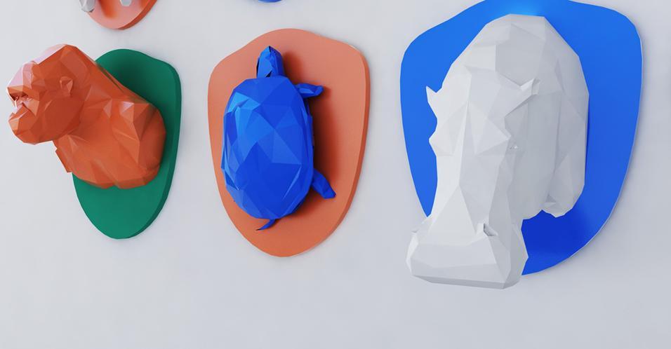 In casa dilaga la mania animalier. Le silhouette naturali ispirano il design. Persino il trofeo di caccia è friendly: di plexigass e stampato in 3DFROOGA DI SAYAR&GARIBEH