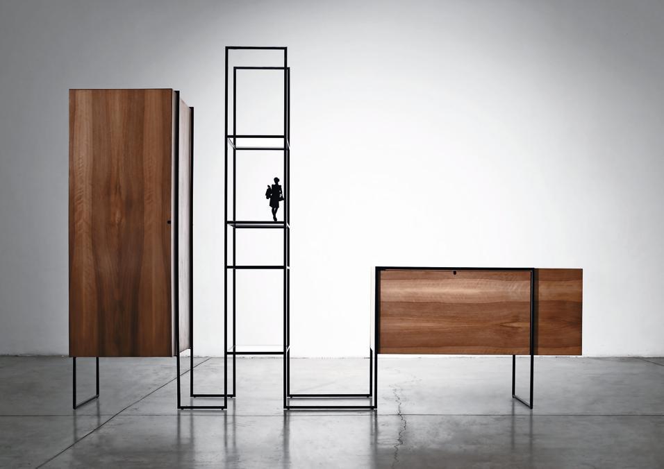 Contenitori fuori dal comune, ovvero l'arte di organizzare gli spazi per gli abiti sfruttando mobili d'eccezione. Memphis Milano
