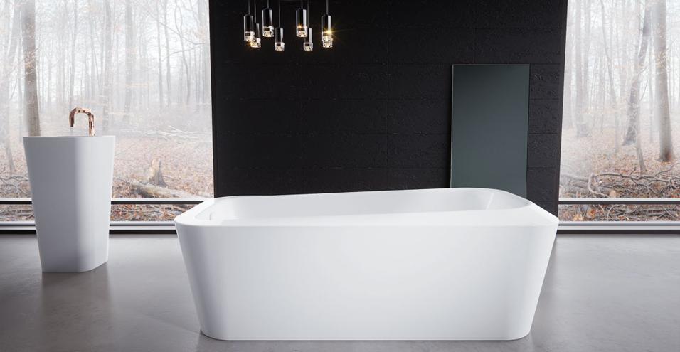 Una vasca da bagno e un lavabo nati dalla matita del designer israeliano arricchiscono la collezione premium Meisterstück dell'azienda