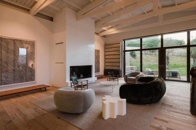 Casale rustico in spagna living corriere for Arredamento casa rustica