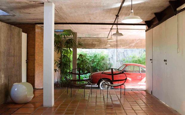 Nel patio della villa paulista