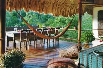 Il Blancaneaux Lodge Mountain si trova nella Pine Ridge Forest Reserve del Cayo District in Belize.