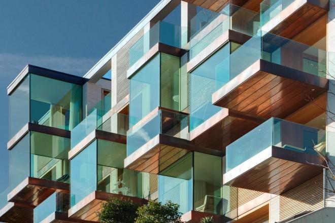 Un condominio di lusso con finestre panoramiche for Cucina a bovindo