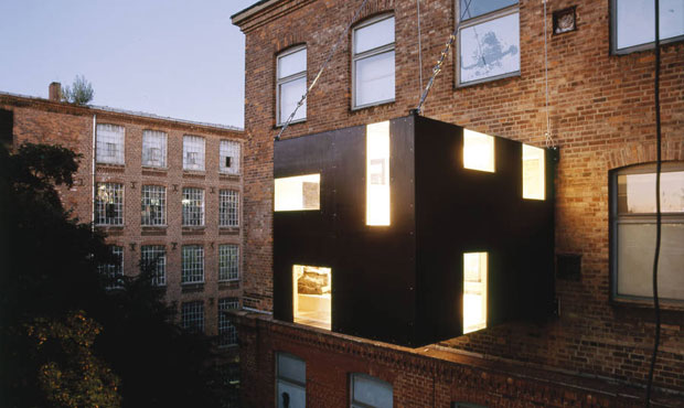 La Rucksack House dell'artista Stefan Eberstadt