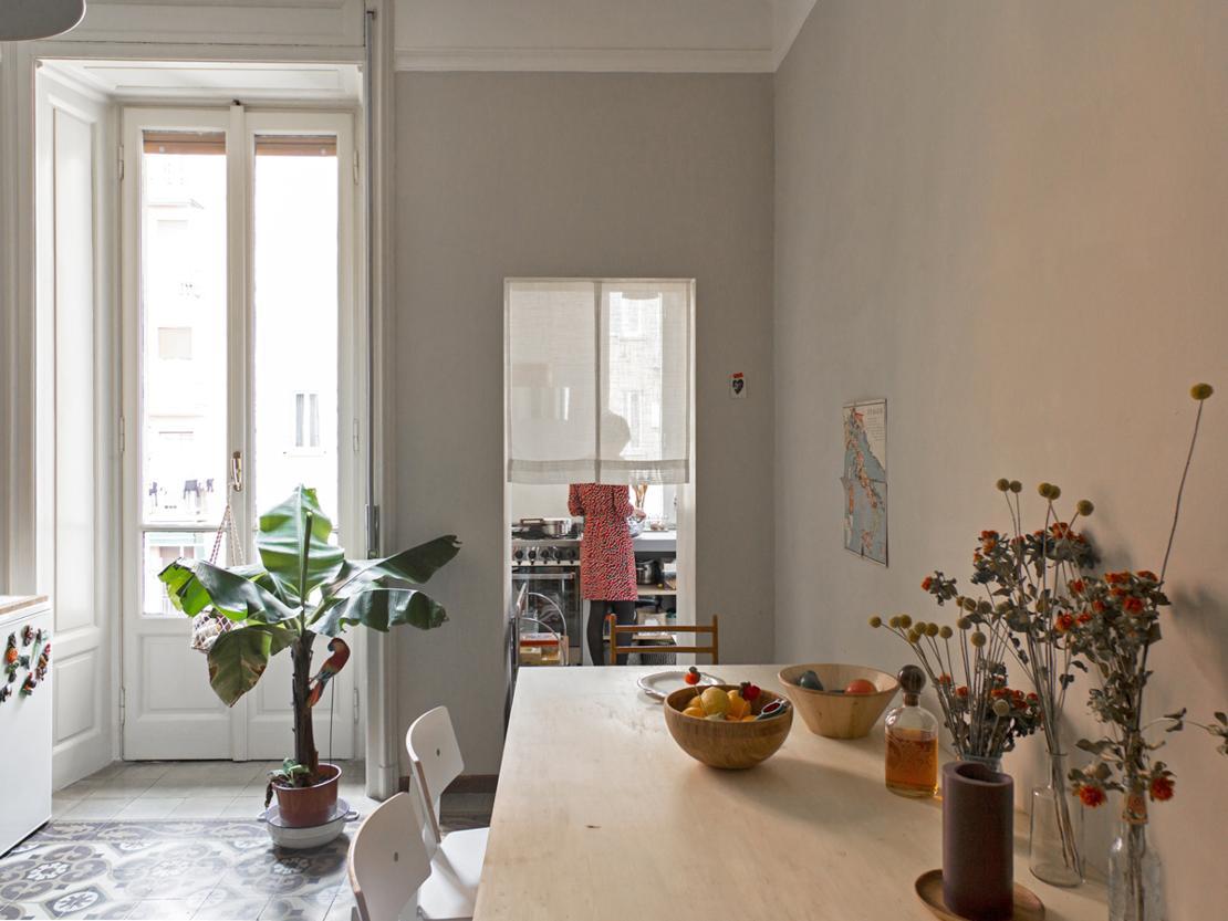 Casa in stile vecchia milano for Finestre per case in stile artigiano