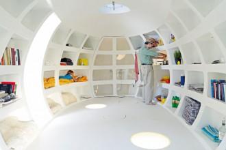 Gli interni sono studiati per contenere una micro cucina