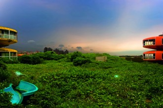 Una visione surreale. Lungo le coste dell'isola di Taiwan