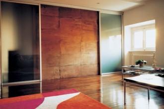 Lo spazio non è mai definito: in questa casa non ci si trova mai dentro un parallelepipedo nel quale sono visibili tutti i confini